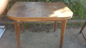 Old table in good con £20 must collect near the gen hospital