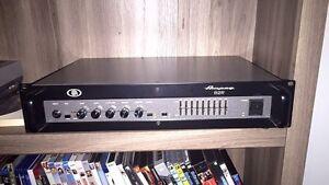Ampeg  b2-r ampli de bass
