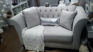 NEW grey couch set with diamonds / sofa fauteuil gris diamant