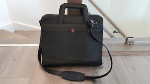 Wenger (Swiss) Black Leather & Compact Business Briefcase & Bag