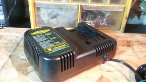YARDWORKS 24V OUT POUT FAST BATTERY CHARGER