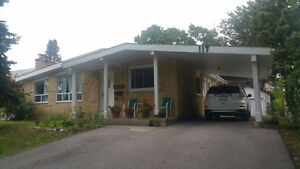 3 Bedrooms Renovated Bungalow for Rent- Available Sep 1st