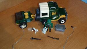 Playmobil - 4206 - Forestier / 4 X 4 / remorque