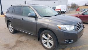 08 excellent condition highlander..