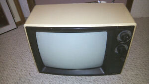 13 inch, coloured TV