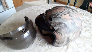 MAN'S HELMET, SZ. LG.  CAMO.  EXCELLENT CONDITION.  VERY CLEAN.