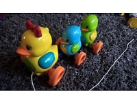 Tomy Pull along ducks musical toddler toy