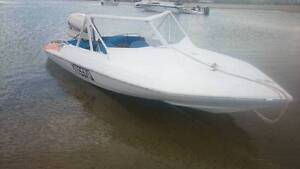 17ft glastron ski speed boat trailer no motor Southport Gold Coast City Preview