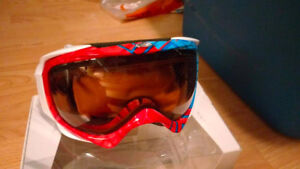 Oakley Elevate Goggle (New in Box!)