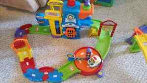 Vtech go go smart wheels  Cambridge Kitchener Area image 4