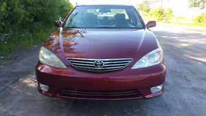 2005 TOYOTA CAMRY XLE AUTOMATIC ONLY 127KM SAFETY AND E-TESTED