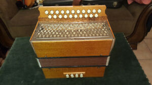 Hohner accordion Pokerwrk Holzbrand top condition