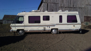 Triple E Empress Motor Home RV