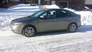2012 Kia Forte EX Sedan excellent condition