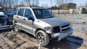 2002 TRACKER.. JUST IN FOR PARTS AT PIC N SAVE! WELLAND