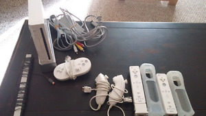 Nintendo Wii with 13 games