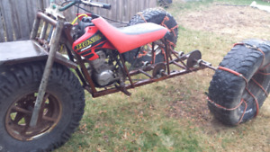 3 wheeler 2001 xr100