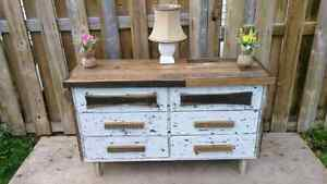 Stunning barn wood chic 6 drawer dresser