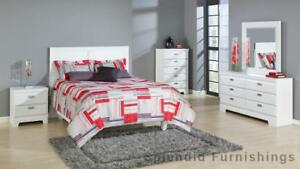 New Year Sale Canadian Made, Sophisticated Style, 5 Pc Queen White Bedroom Set