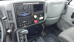 2002 International Bucket Truck! Cert and E-tested London Ontario image 3
