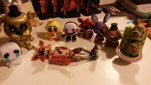 9 Five Nights At Freddy's Figures