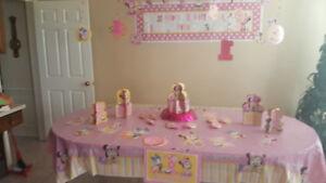 birthday decor (minnie mouse)
