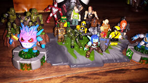 Mega BloKS figures with extras compatible with lego