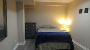 Rooms for Students & Co-op, Close to UTM & Sheridan