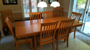 Wood dining room set with 8 chairs and vanity