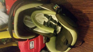 Safety 1st onboard air carseat + base