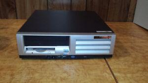 Windows 7 pro, Pentium 4, 2.40 Ghz - 2Go RAM - 160Go disque dure