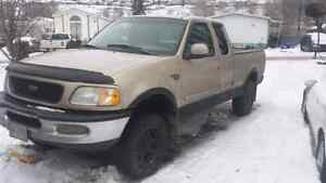 98 F150 4x4 / rebuilt motor / lots of new parts