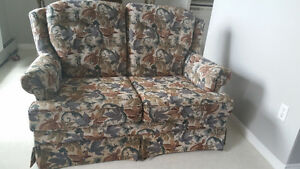 Light weight couches neat and clean good condition