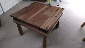Thakat Indian coffee table