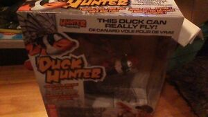 DUCK HUNTER INTERACTIVE TOY. THE DUCK CAN REALLY FLY Stratford Kitchener Area image 5