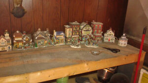 LIONEL TRAIN ENGINES, CARS AND VICTORIAN HOUSES Windsor Region Ontario image 5