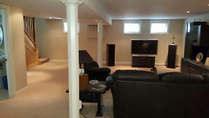 Beautiful detached bungalow in central K/W- Lease discount ! Kitchener / Waterloo Kitchener Area image 13