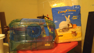 Hamster cage and shavings