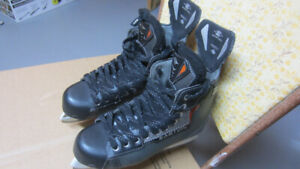 Easton men's skates