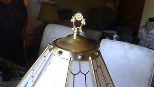 Beautiful glass lamp with roses London Ontario image 2