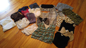 Lot of Maternity Clothing (20 pieces)