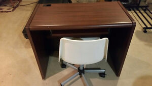 Computer Desk & Office Chairs