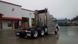 2009 Volvo VNL630 Campbell River Comox Valley Area image 6