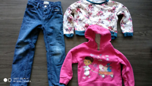 Good condition jeans and clothes for girl. Size 4-5