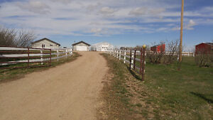 Well kept acreage for sale - 8.9ac