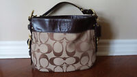 SELLING: Coach Purse (Excellent condition)