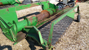 John Deere 212 Pick Up Head