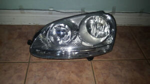 Volkswagen Golf/Rabbit left Headlight