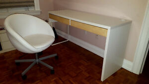*SALE* Desk & Chair