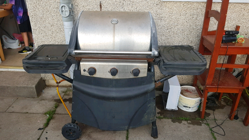 Grand Canyon Bbq.Grand Canyon 3 Burner Hooded Gas Bbq With Side Burner In Norris Green Merseyside Gumtree